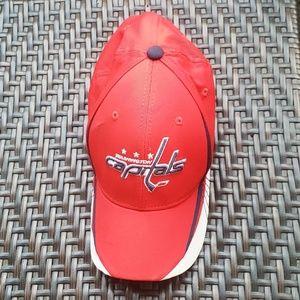 CAPS CAPS CAPS NHL Hockey Hat